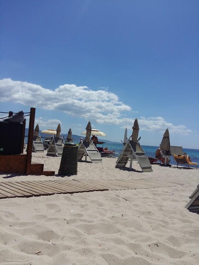 Colibri Beach Club & Bistro