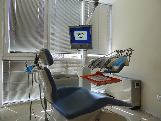 Studio Dentistico Dott. Mariani Franco - a Ravenna dal 1985