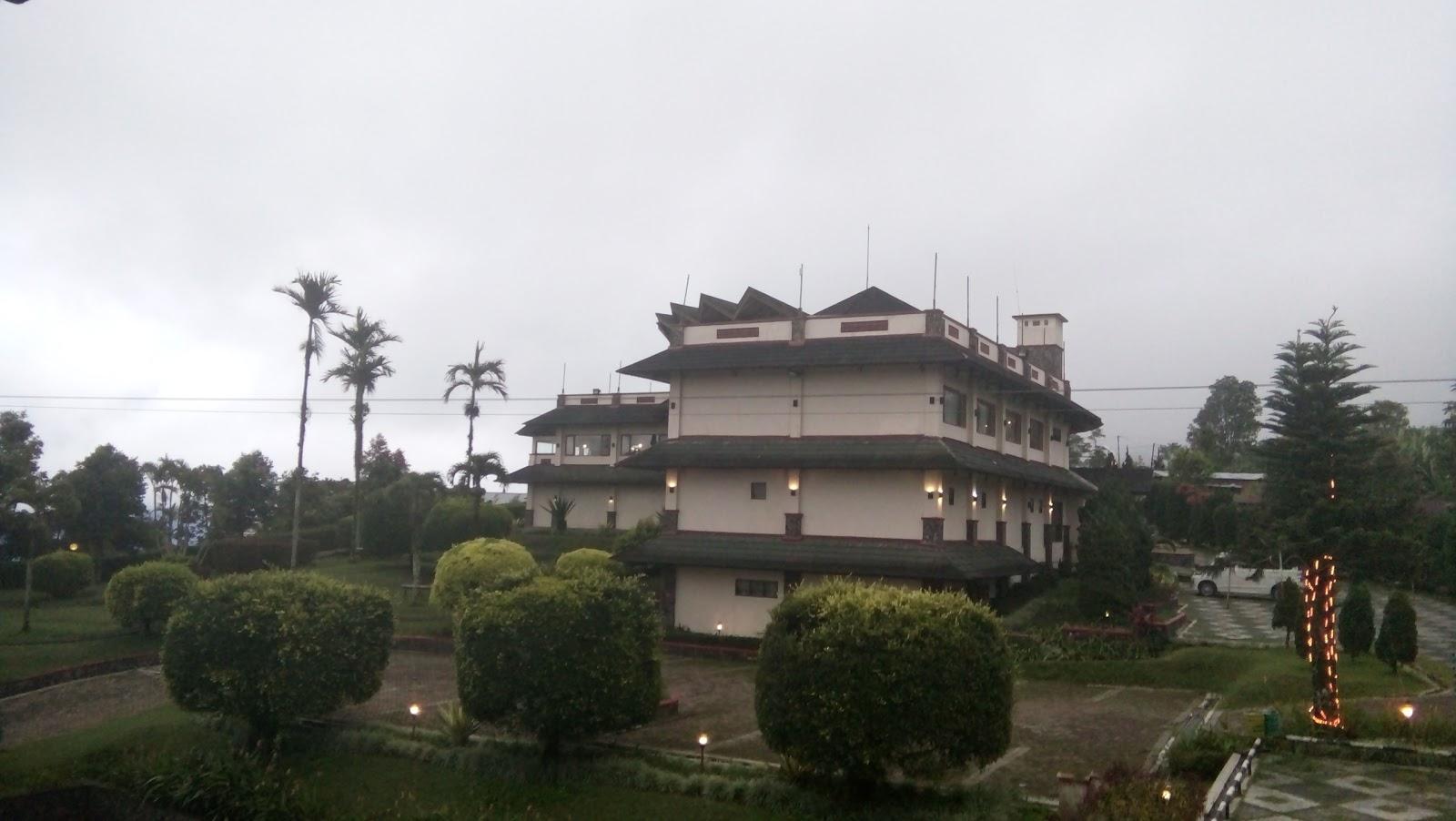 Hotel Nuansa Maninjau Resort
