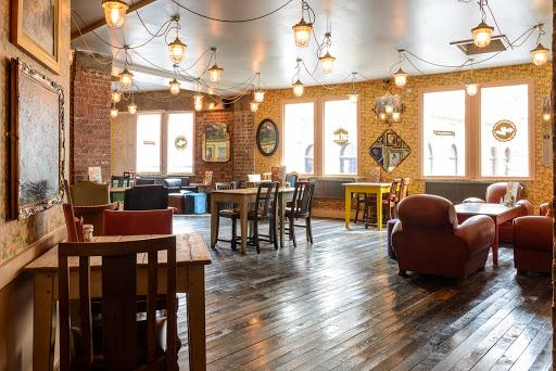 Carnero Lounge