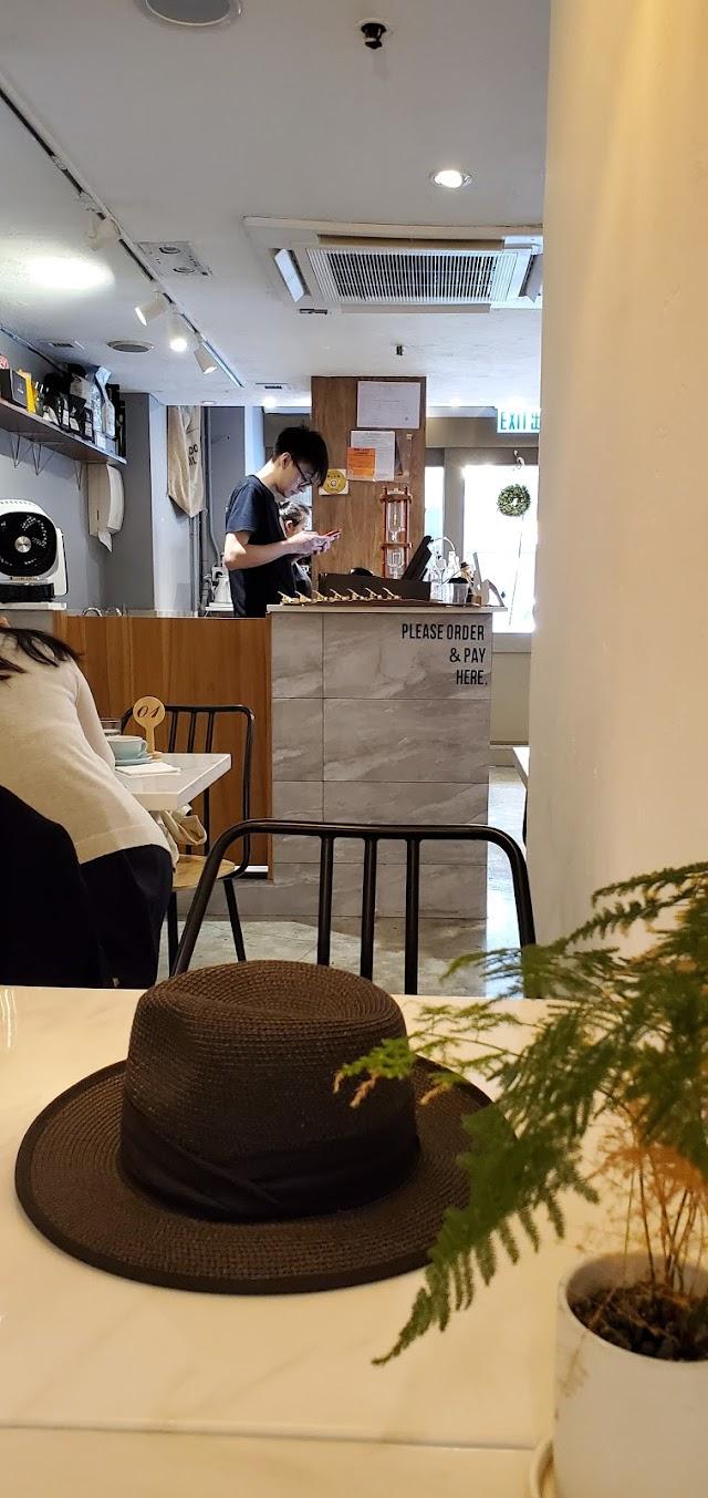 Dawn Coffee & Brunch