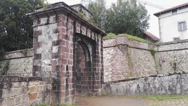 Citadelle Porte Notre-Dame