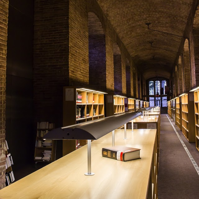 Biblioteca/CRAI | Dipòsit de les Aigües (UPF)