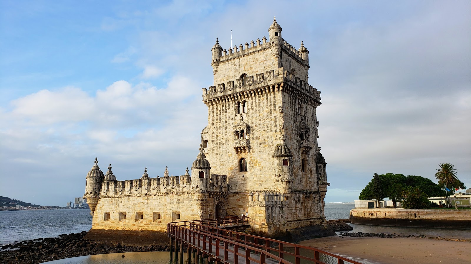 Vacation Home Rentals in Lisbon