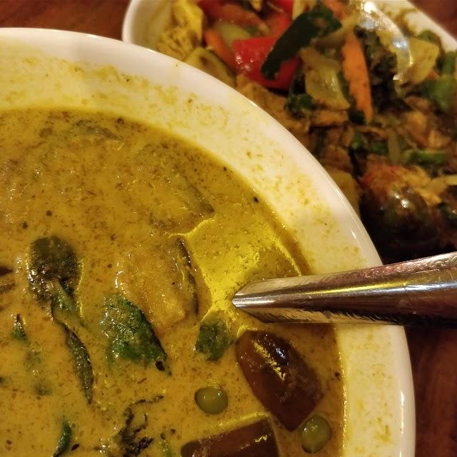 Daramoney Khmer Thai Chinese Foods
