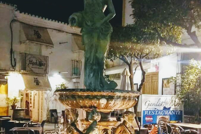 Plaza Doctor Arce, Estepona, Spain