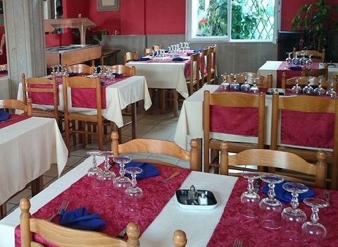 Au petit bonheur Restaurant Hotel Pizzeria