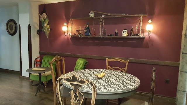 Spells Cafe Patisserie