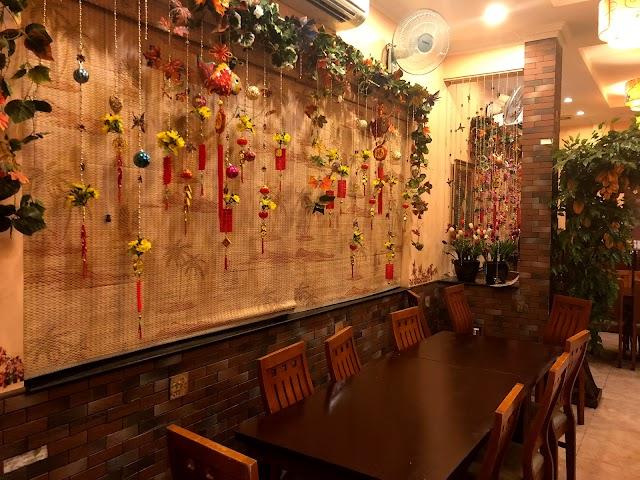 Huong Quynh Restaurant