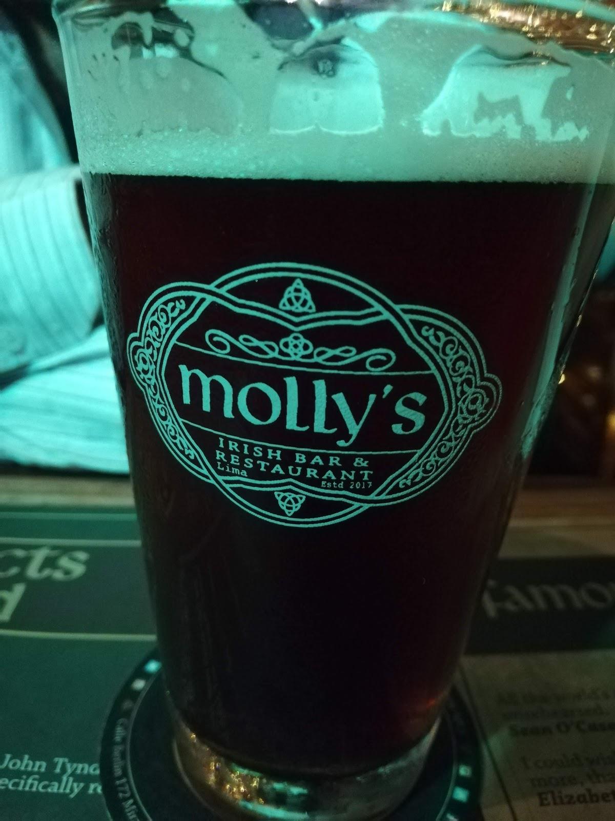 Molly's Irish Bar & Restaurant