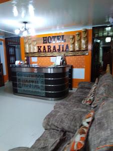 Hostal Karajia 7