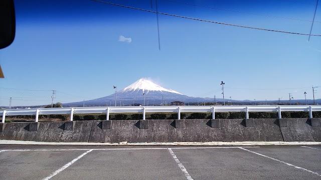 富士水泳場 駐車場