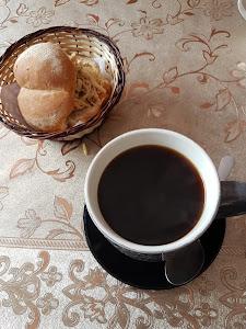 Seven Café & Bar 4