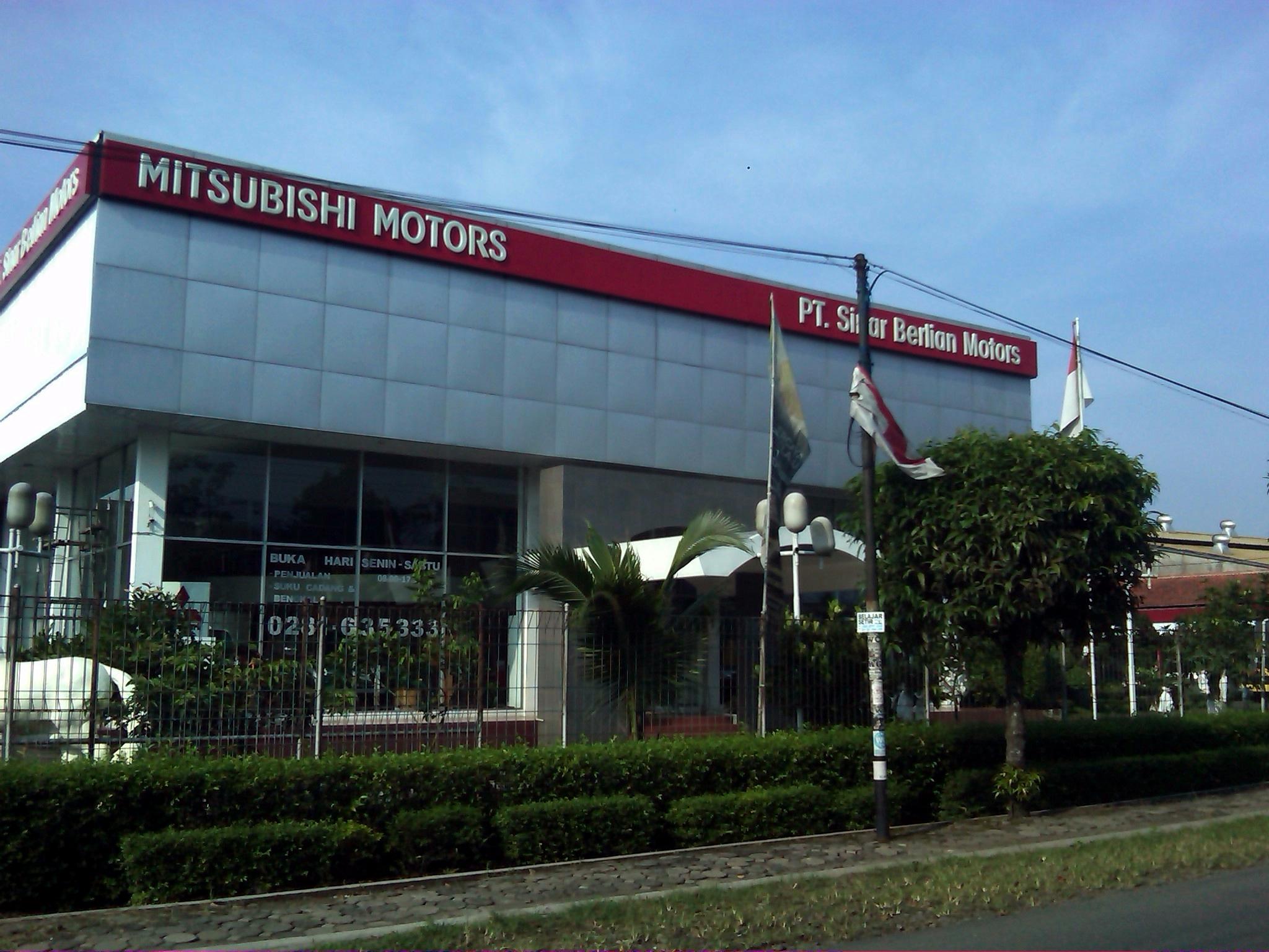 Dealer Mitsubishi Purwokerto Info Harga Otr Paket Kredit Otomax One