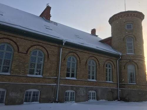 Lasila Manor