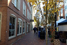 Essex Street Pedestrian Mall, Salem, United States
