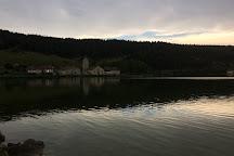 Tour du Lac de l'Abbaye, Grande-Riviere, France