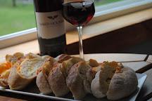 Naked Mountain Winery & Vineyards, Markham, United States