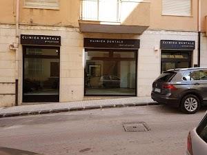 Centro Dentale Pinzarrone | Studio Dentistico | Implantologia Gnatologia Ortodonzia Filler
