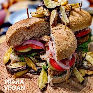 Prana Vegan - Cafe Restaurant Vegetariano 2