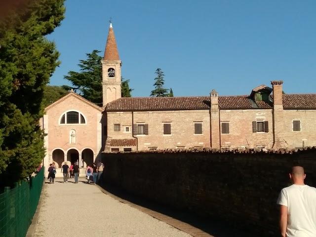 Couvent de San Francesco del Deserto