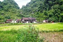 Nguom Ngao Cave, Cao Bang, Vietnam