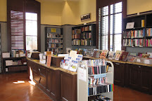Friends of the Camarillo Library Bookstore, Camarillo, United States