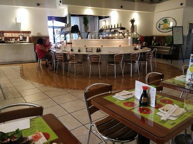 Beni Iguana's Sushi Bar & Restaurant