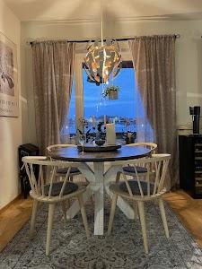 Rustikunik Design - Specialite: Runda matbord, med eller utan iläggsskiva