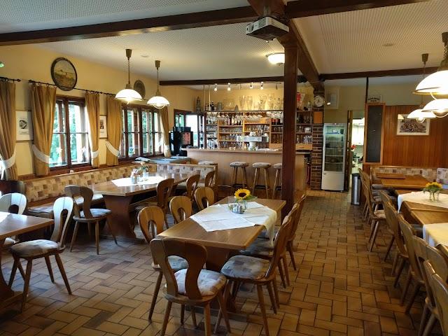 Waldspielplatz Restaurant & Biergarten