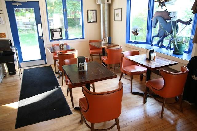 Blue Horse Beach Cafe