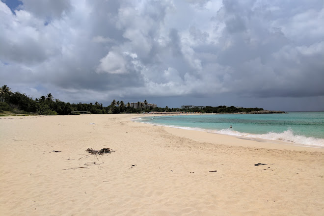visit mullet bay beach