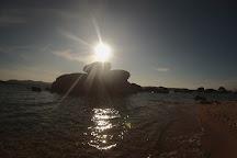 Spiaggia Le Piscine, Cannigione, Italy