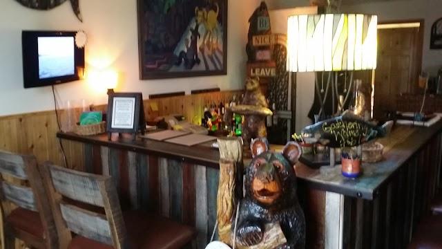 Lemon Wolf Cafe