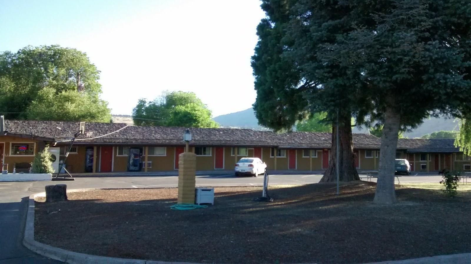 Park Oregon Motel 8 RV