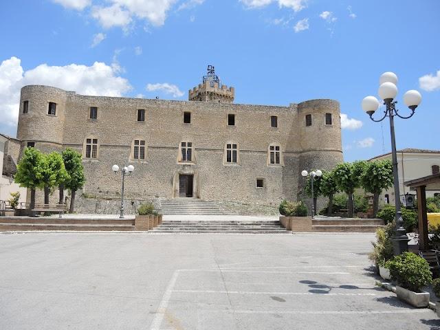 Castello di Capestrano