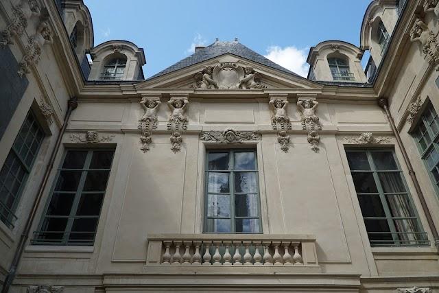 Hotel des Ambassadeurs de Hollande