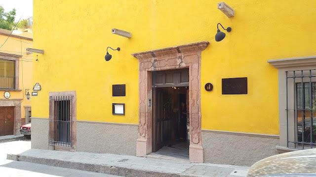 Dos Casas