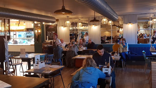 Bertie's Restaurant & Bar