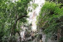 Paradise Cave, Son Trach, Vietnam
