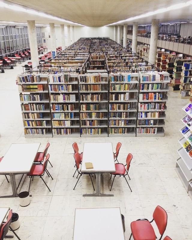 Biblioteca do Centro de Tecnologia - UFRJ