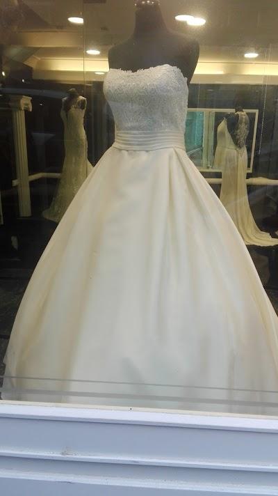 Abiti da Sposa Renata Gatta e257ccb36d8
