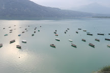 Lago di Santa Croce, Farra d'Alpago, Italy
