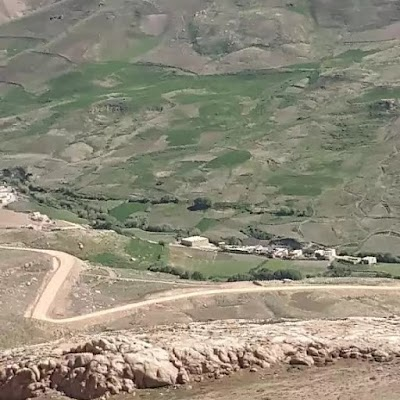 Lal Wa Sarjangal