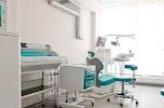 Кемеровская городская клиническая стоматологическая поликлиника № 1, улица 50 лет Октября на фото Кемерова