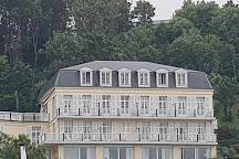 L'Aiguille Creuse, Etretat, France