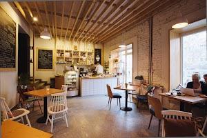 Baristacja - kawiarnia - piekarnia