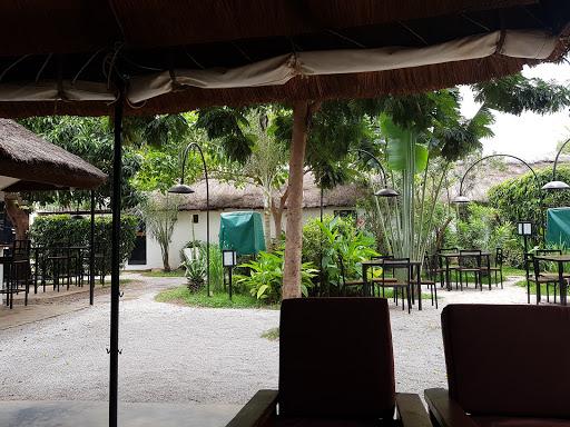 Bénoua Lodge