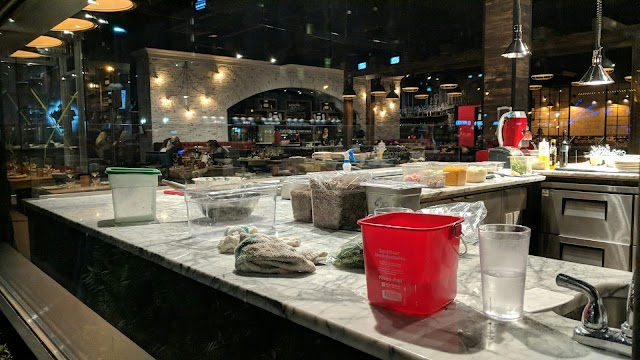Industria Pizzeria & Bar