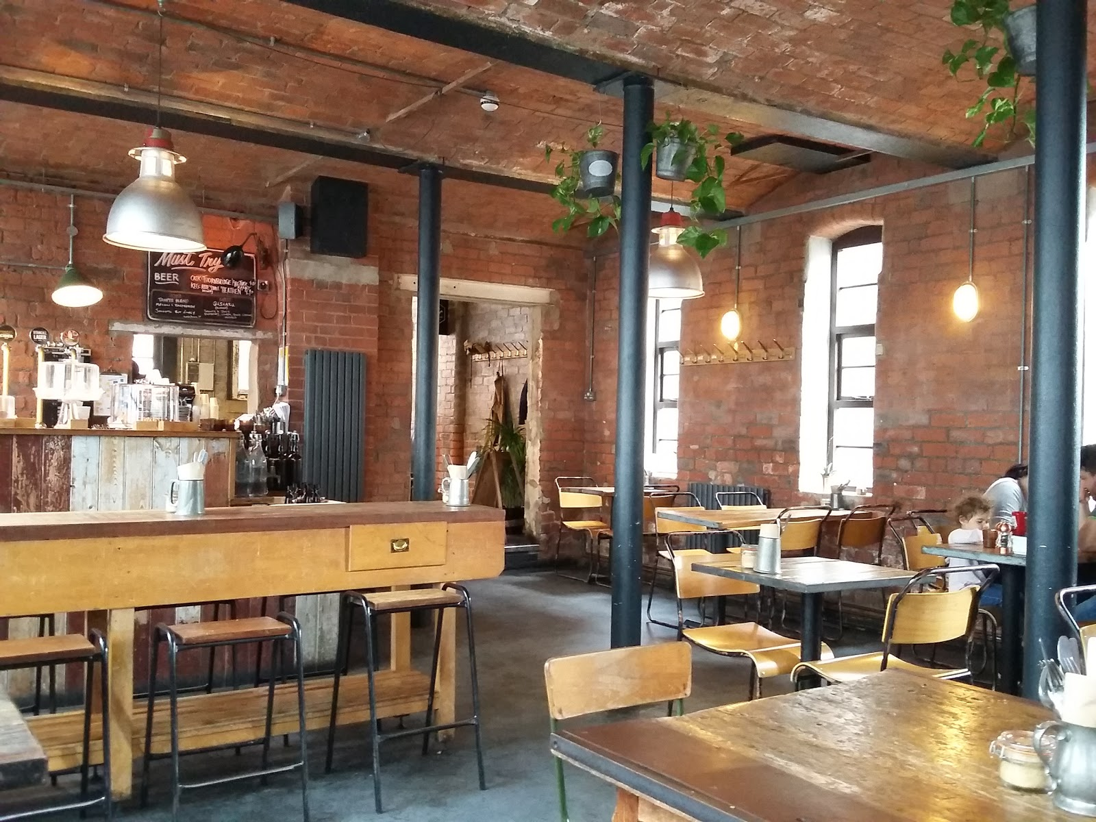 Tamper Coffee: A Work-Friendly Place in Sheffield